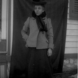 17Nina 1902-1.jpg