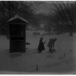 1 Marion & Roscoe  well house snow-1.jpg