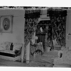 6 Losse House Hall-1.jpg