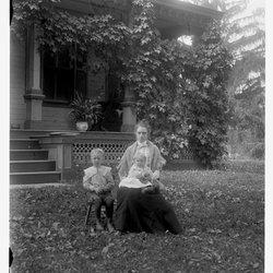7 Mrs Charles Maar & 2 children-1.jpg